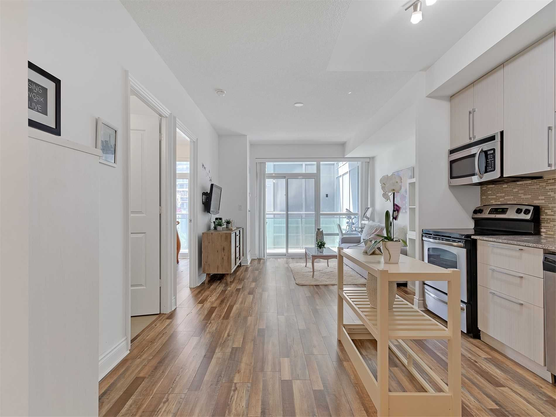 16 Brookers Lane, unit 402 for sale in Toronto - image #2