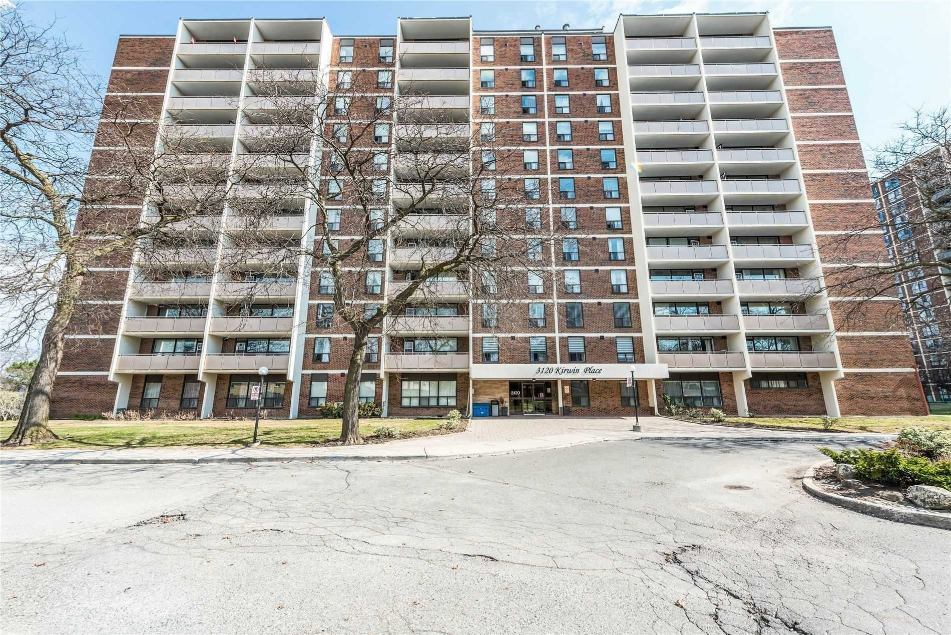 3120 Kirwin Ave W, unit 401 for sale in Toronto - image #2