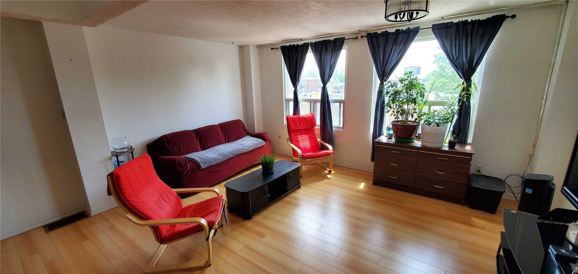 17 Lotherton Ptwy, unit null for sale in Toronto - image #1