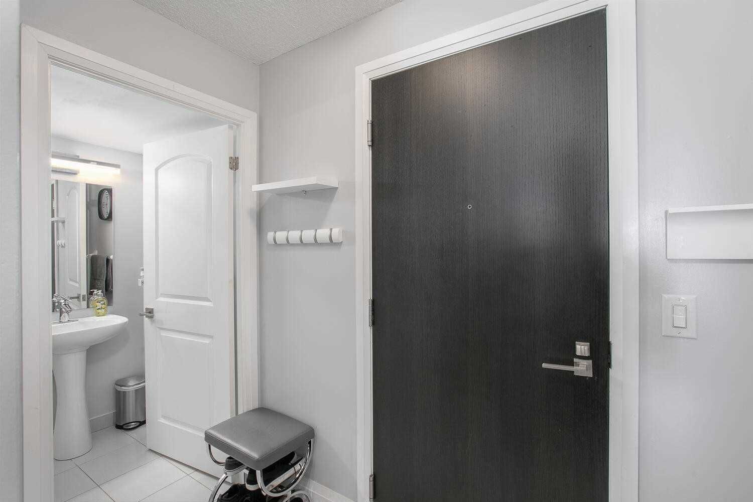 1070 Sheppard Ave W, unit #208 for sale in York University Heights - image #2