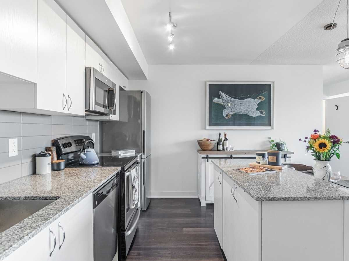 11 Superior Ave, unit 712 for sale in Mimico - image #1