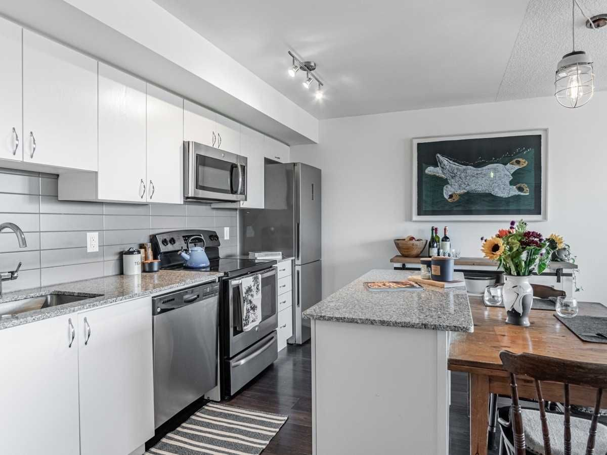 11 Superior Ave, unit 712 for sale in Mimico - image #2