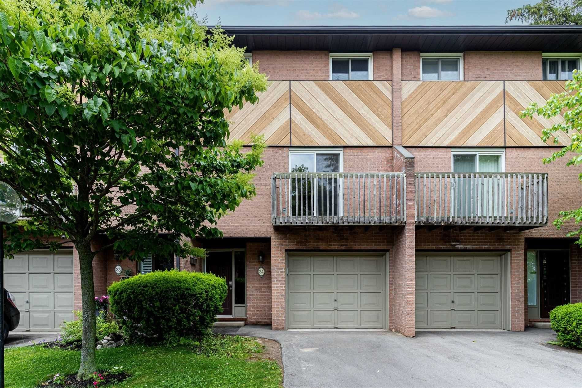 445 Stone Church Rd W, unit 24 for rent in Toronto - image #1